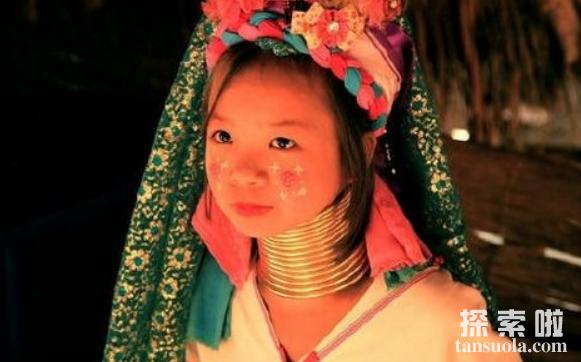 世界上最长的脖子,缅甸长颈族人的脖子,最长达70厘米(图5)