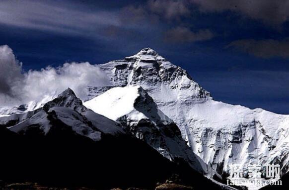 世界上最高的山峰,珠穆朗玛峰(8844.34米),世界第一高峰(图4)