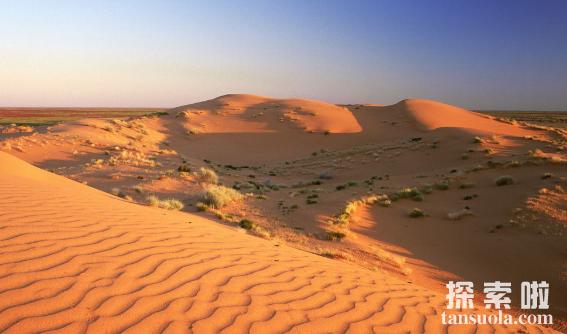 世界上最红的沙漠:辛普森沙漠,红色的沙漠(红如火焰)