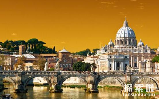 欧洲最小的国家:梵蒂冈,仅0.44平方公里,一不留神就出国(图4)