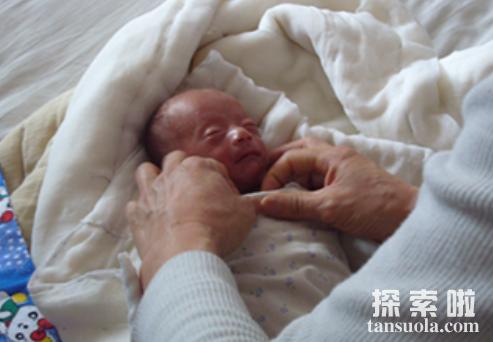 <a href=/sjzj/renlei/1161.html target=_blank class=infotextkey>世界上最小的婴儿</a>:阿米利娅·泰勒