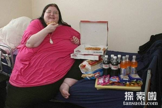 世界上最胖的女人:罗莎莉.布拉德福德,最胖达544公斤(图1)