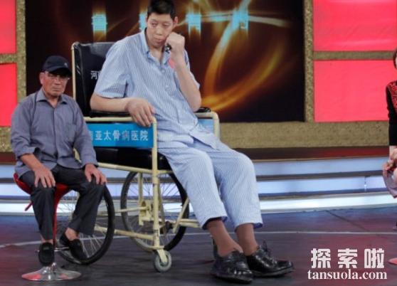 盘点世界上最高的人,詹世钗身高3.19米(世界第一高)