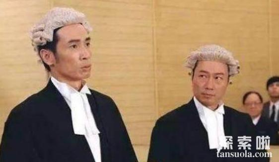 为何港剧的律师都戴假发,英国人为何也爱戴假发?(图3)