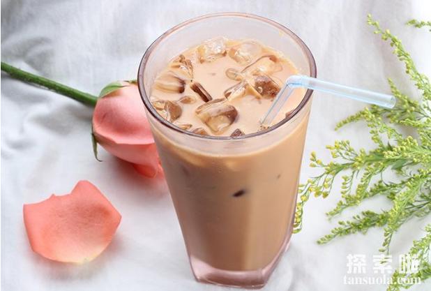 为何香港人把奶茶叫做丝袜,喝茶就似舔丝袜?(图3)