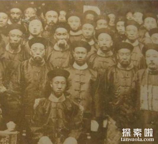 真实的光绪皇帝照片,不同时期光绪皇帝的照片大全(图2)