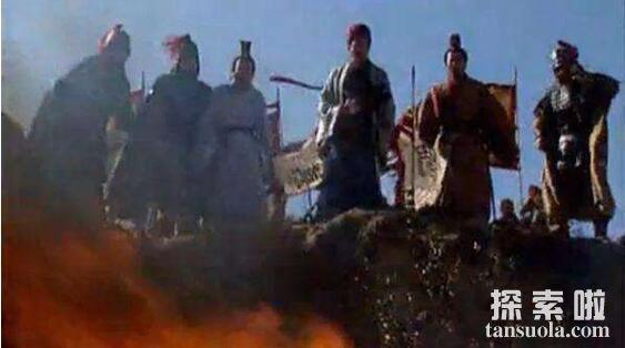 诸葛亮火烧博望坡的故事,出隆中一战成名(图1)