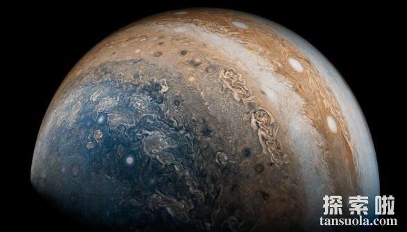 太阳系中最大的行星:木星,比地球大1000倍(4)
