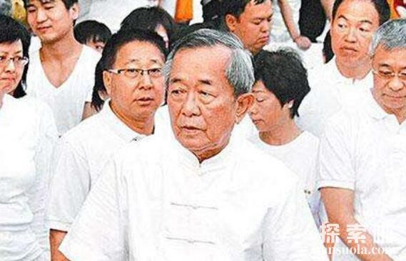 泰国白龙王12大神奇预言,个个得到验证,娱乐圈奉为神人