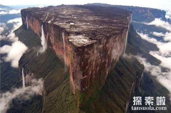 世界上最神秘的山:罗赖马山,山上遍布远古恐龙的化石群