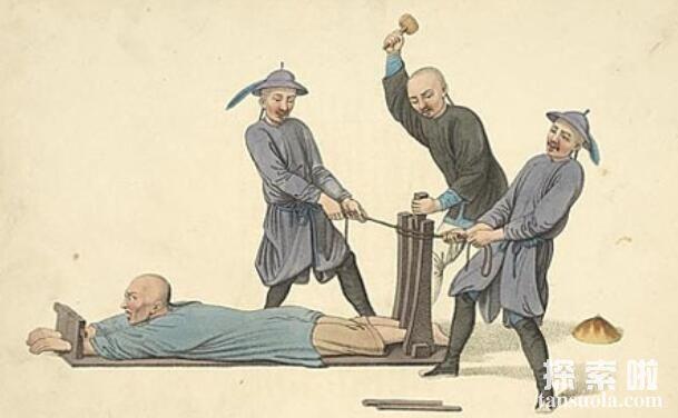 刖刑:砍断双脚的酷刑,孙膑受此酷刑(防止奴隶逃跑)