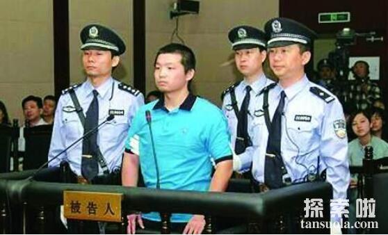 解密杨佳袭警案事件的真相,小案件引发的大事件(冲动是魔鬼)