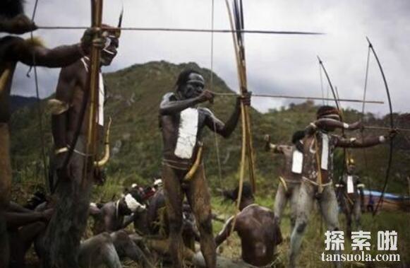 世界上生殖器最大的民族:非洲象人族,胯下物长56厘米(完胜亚洲男人)