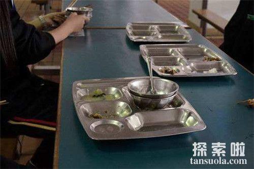 盘点世界各国奇葩怪异的用餐习俗礼仪 饭后放屁说明你对饭菜很满意
