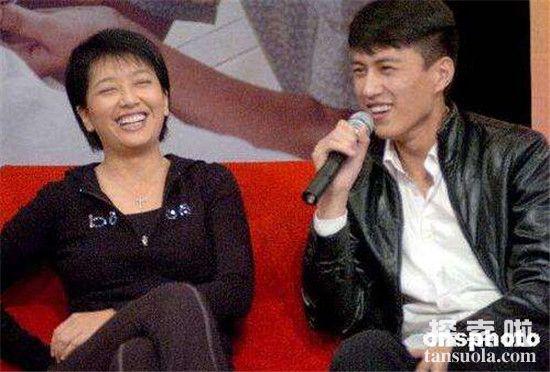 【江珊和靳东有私生子吗】靳东与江珊美国结婚是真的吗?
