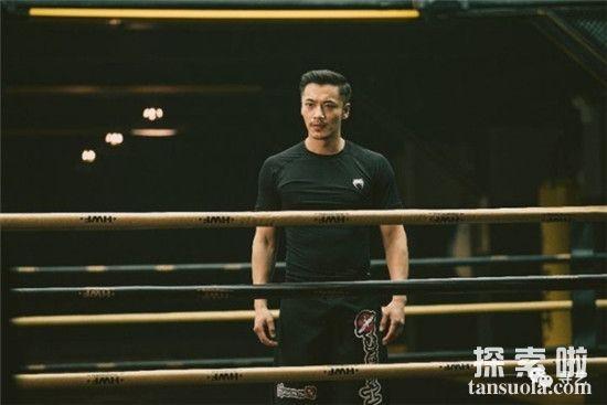 【羞羞的铁拳吴良是谁扮演的】扮演者薛皓文肌肉纹身散发男人荷尔蒙魅力