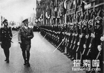 屠杀族人,世界恶魔希特勒到底在隐藏什么?
